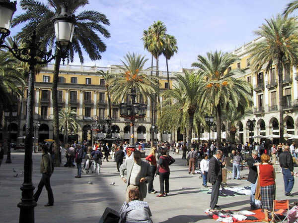 Robbed in Barcelona? What I did + tips to beat the pickpockets