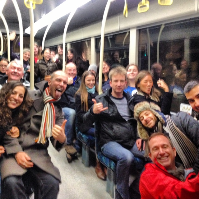 Blogmania!: Bloggers storm the No 12 Lothian Bus enroute to the Old Town from Haymarket