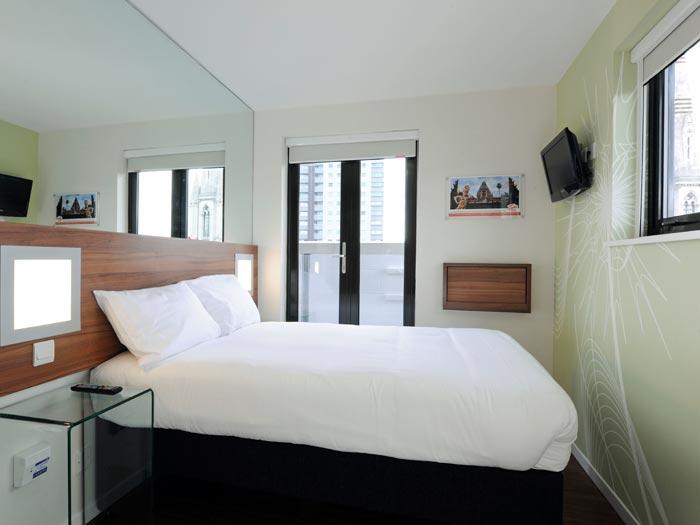 Tune Hotels Westminster-Bedroom