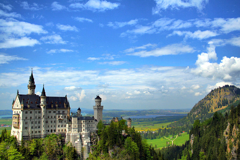 Schloss- Neuschwanstein: one of the many enduring iconic landmarks and youth hotspots I'll be exploring in my trip.Note: This picture is licensed under the Creative Commons Attribution-Share Alike 3.0 Unported license.