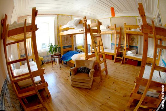 dorm, lisbon calling hostel