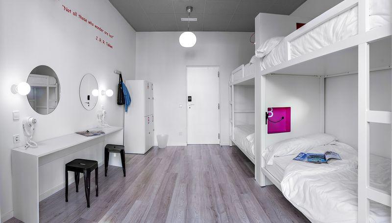 Female dorm. U Hostels, Madrid