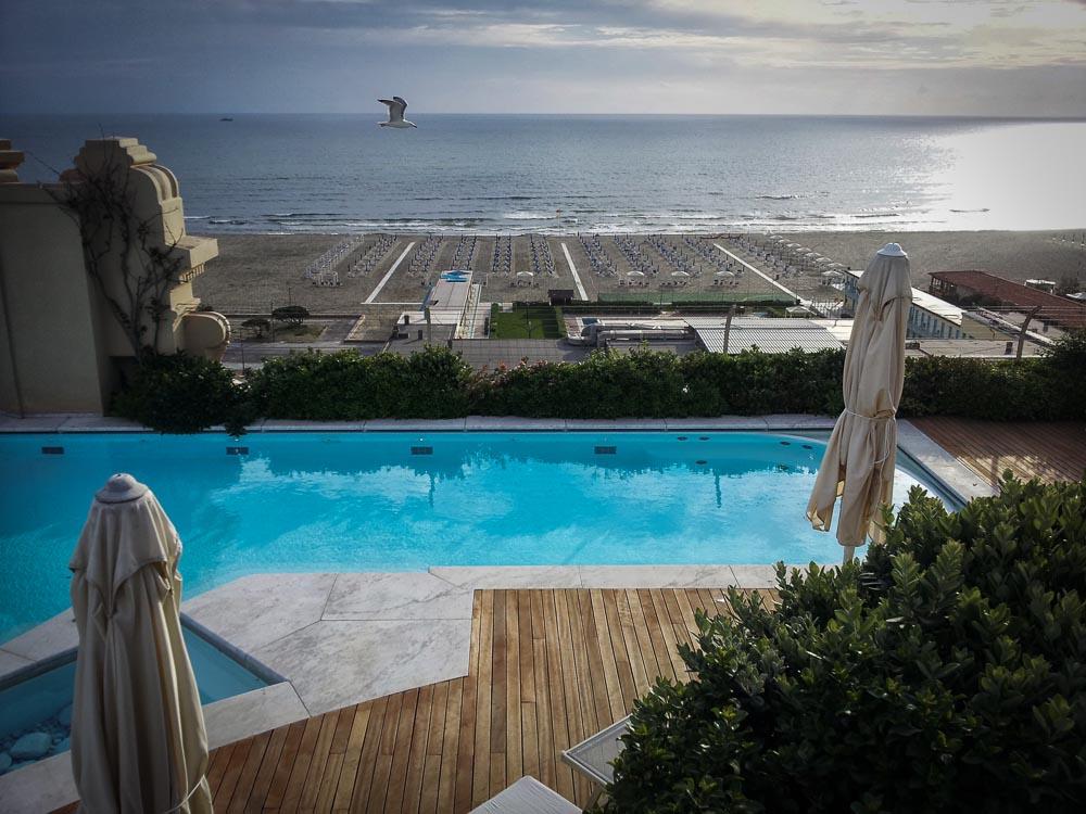Grand Hotel Principe di Piemonte rooftop swimming pool, Viareggio