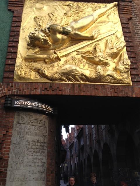 Golden Relief at entrance of Bottcherstrasse