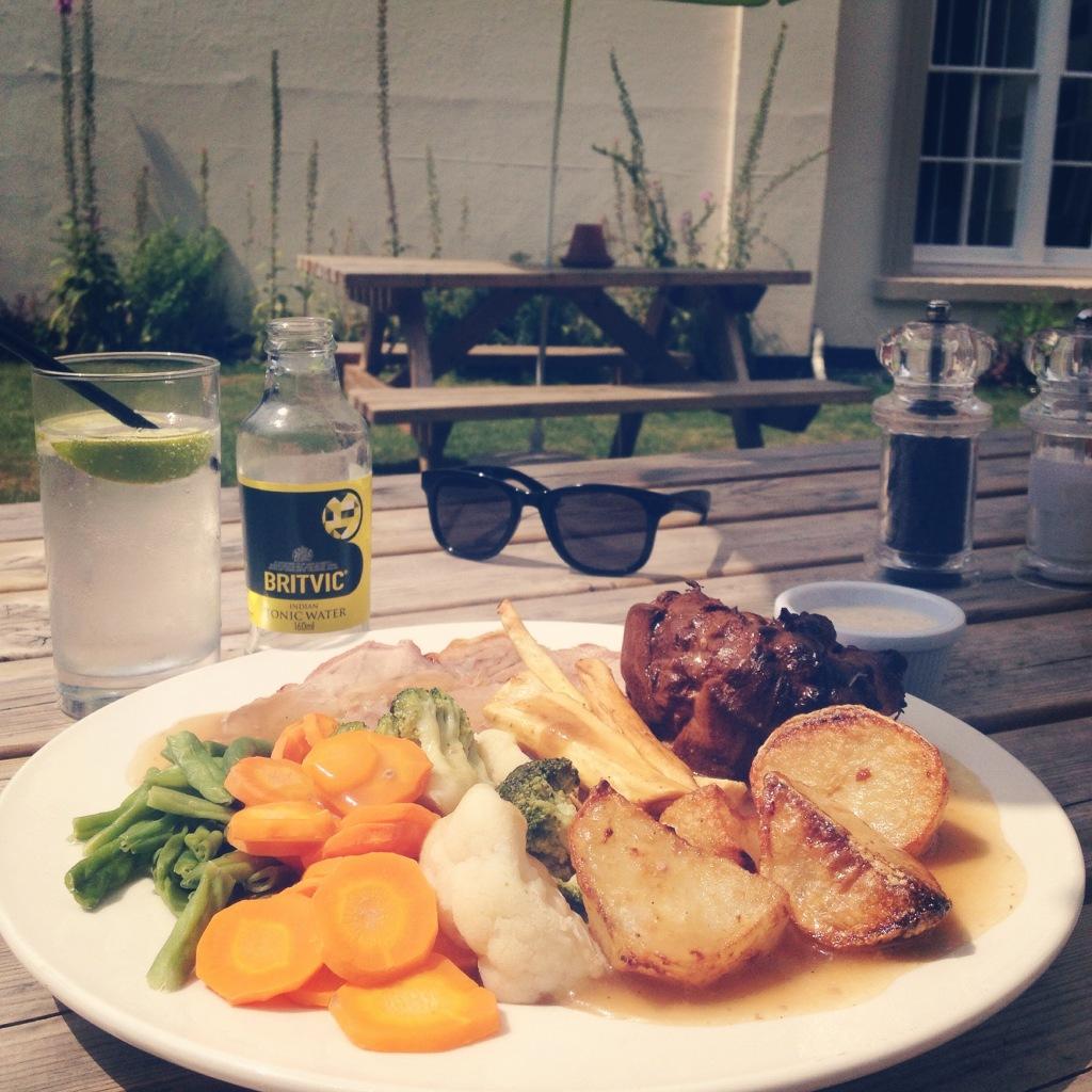Sunday roast at Hemmingfords