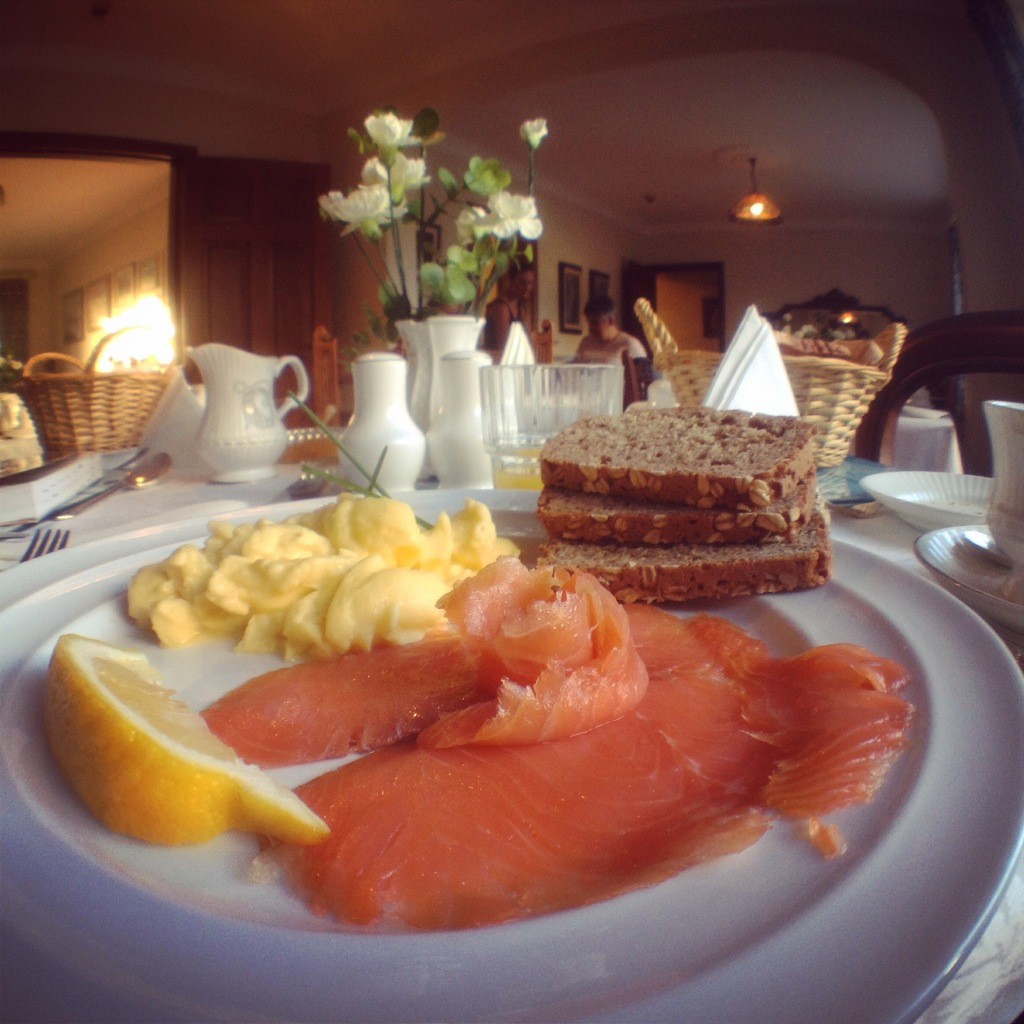 Starting my day in Galway with this true taste of Irish hospitality at my B&B, Ardawn House. Smoked salmon sourced from local Galway fishmonger, homemade soda bread ( could just eat a whole loaf of this!) with scrambled eggs.