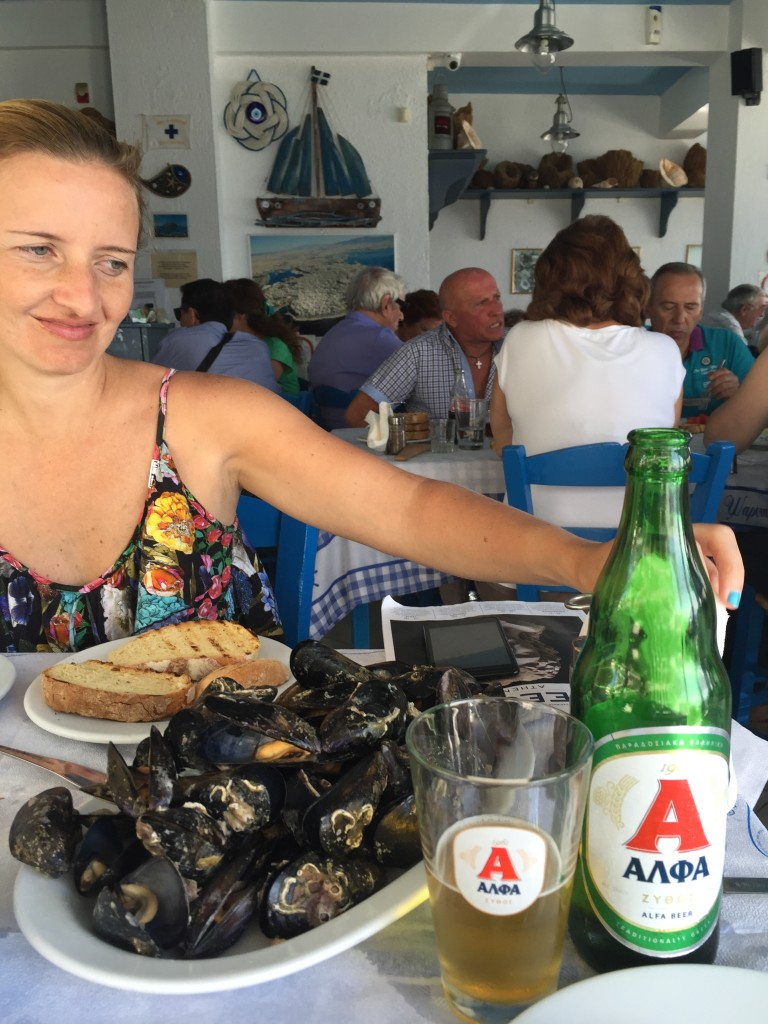 Afterward a great swim, we headed for a seafood lunch. There was restaurant after restaurant serving seafood here but we chose 'Ta Vrachia tis Piraikis' on the recommendation of Andreas. It was AMAZING. Fresh mussels and fried anchovies -excellent.