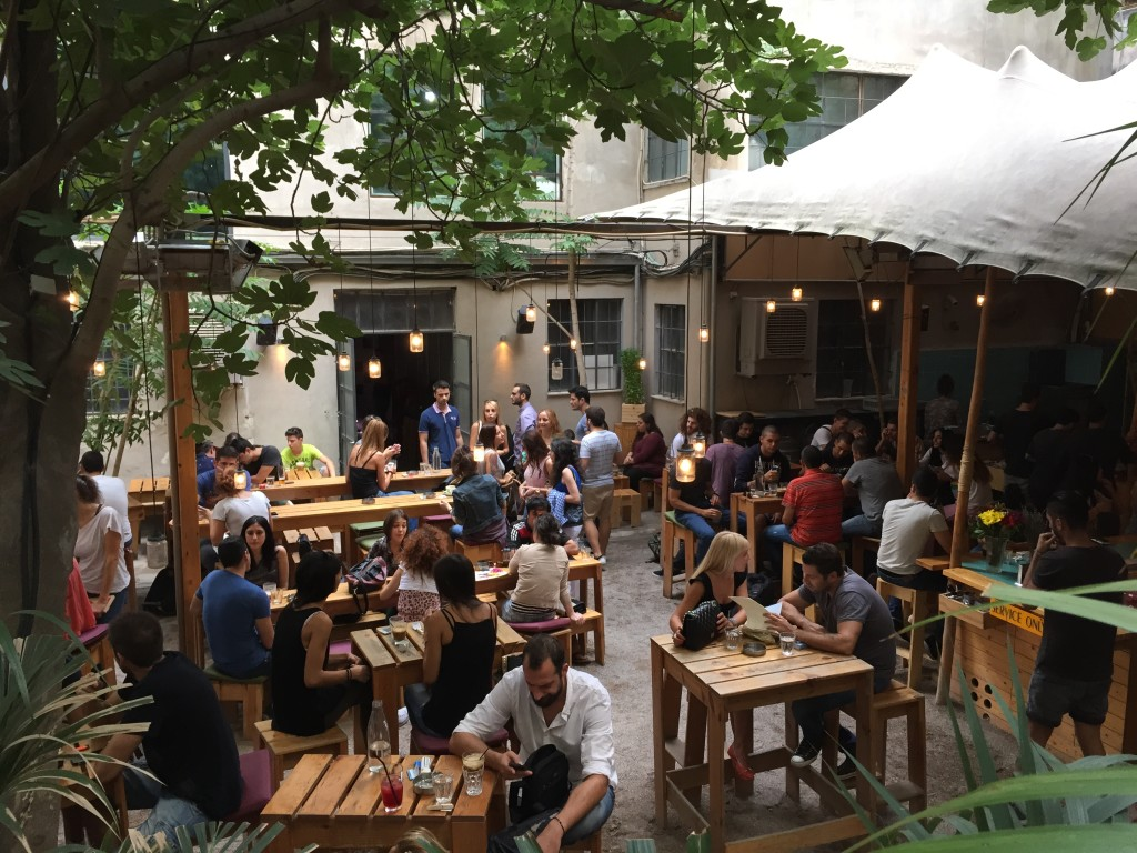 Finishing our trip with a quick beer at the hip six d.o.g.s : packed with Athenians all day/all night + an entertainment centre that combines a Gig Space, a Project Space, a Bar, a Foyer, and a Garden.