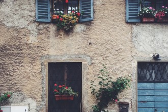 Adorable houses of Bergamo