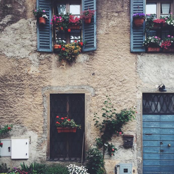 Adorable houses of Bergamo