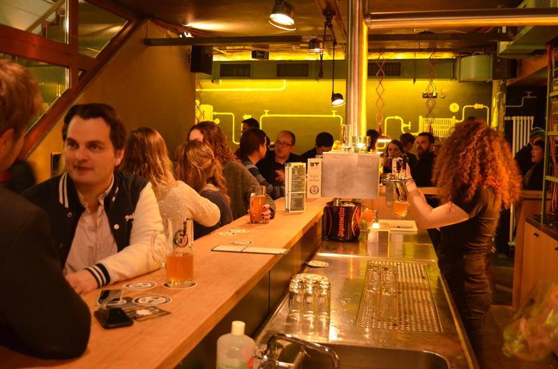 Xưởng xiếc Hostel Berlin  5 nhà nghỉ có chất lượng tốt nhất tại Châu Âu 6