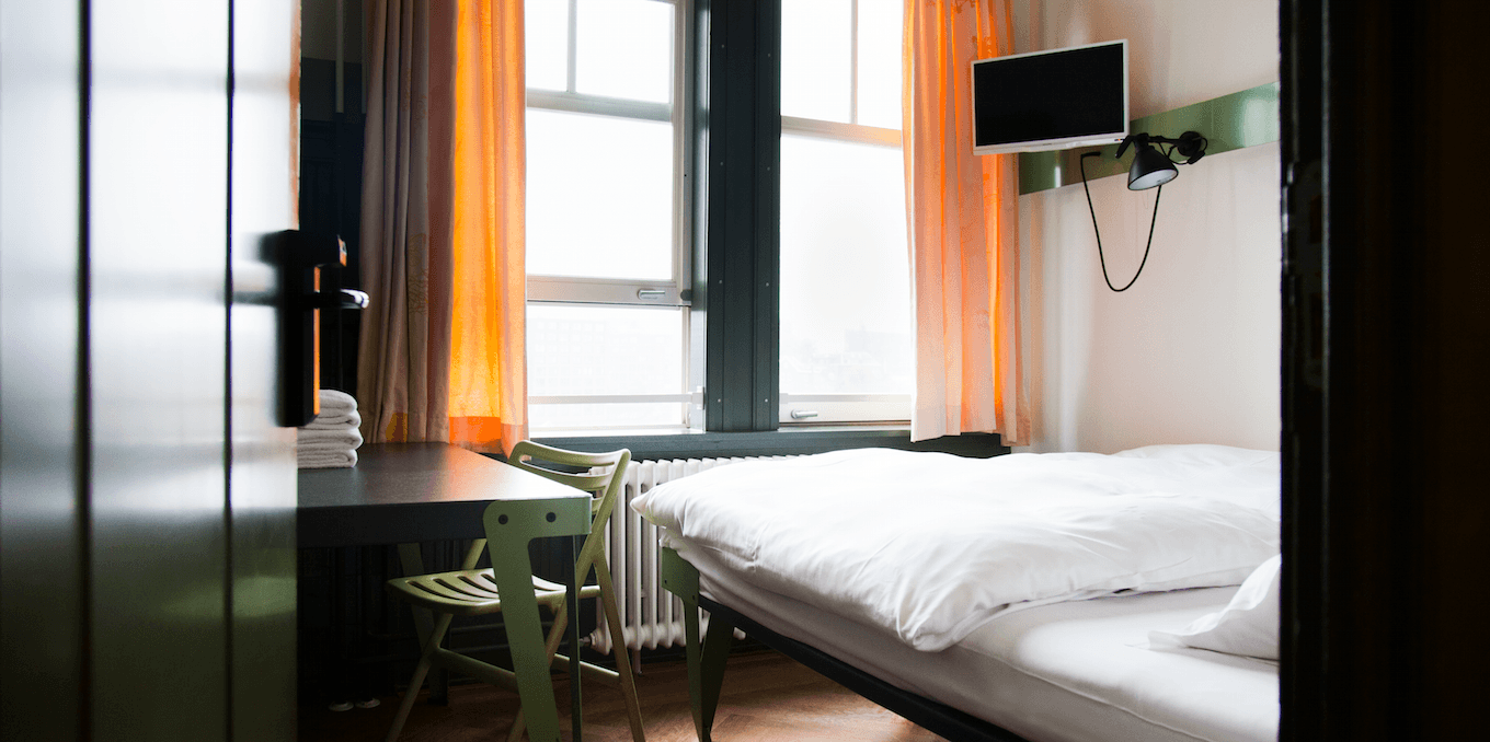 10 of the best budget places to stay in amsterdam. Black Bedroom Furniture Sets. Home Design Ideas