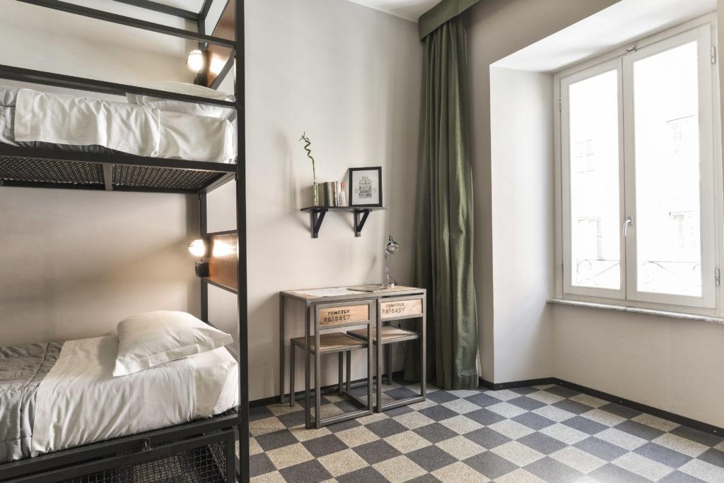 Yellow ROME khách sạn lớn nhất trên thế giới AAA 2060