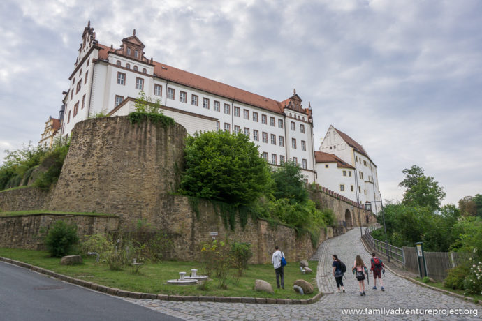 The walk up to Colditz Castle Youth Hostel