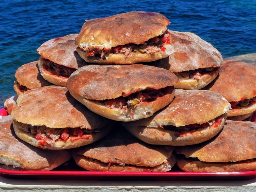 cheap eats Malta - Hobz biz-zejt
