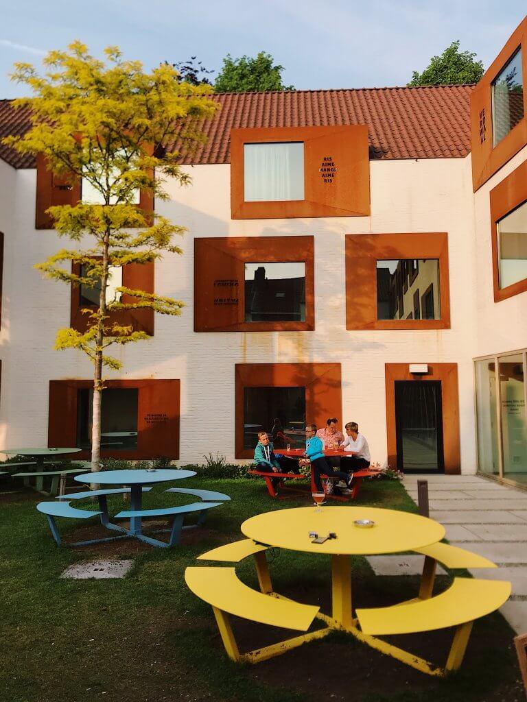 Snuffel Hostel Bruges
